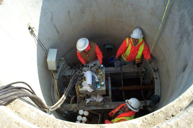 Akkerman in 8' manhole.jpg