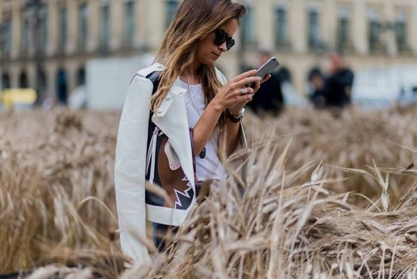 the-best-street-style-from-couture-week-1827558-1467814867.600x0c.jpg