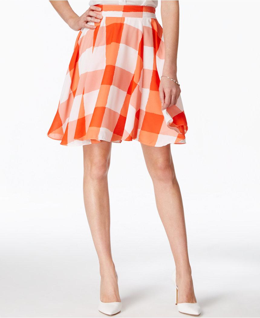 30 Under $30 // Lady Gray // Maison Jules skirt