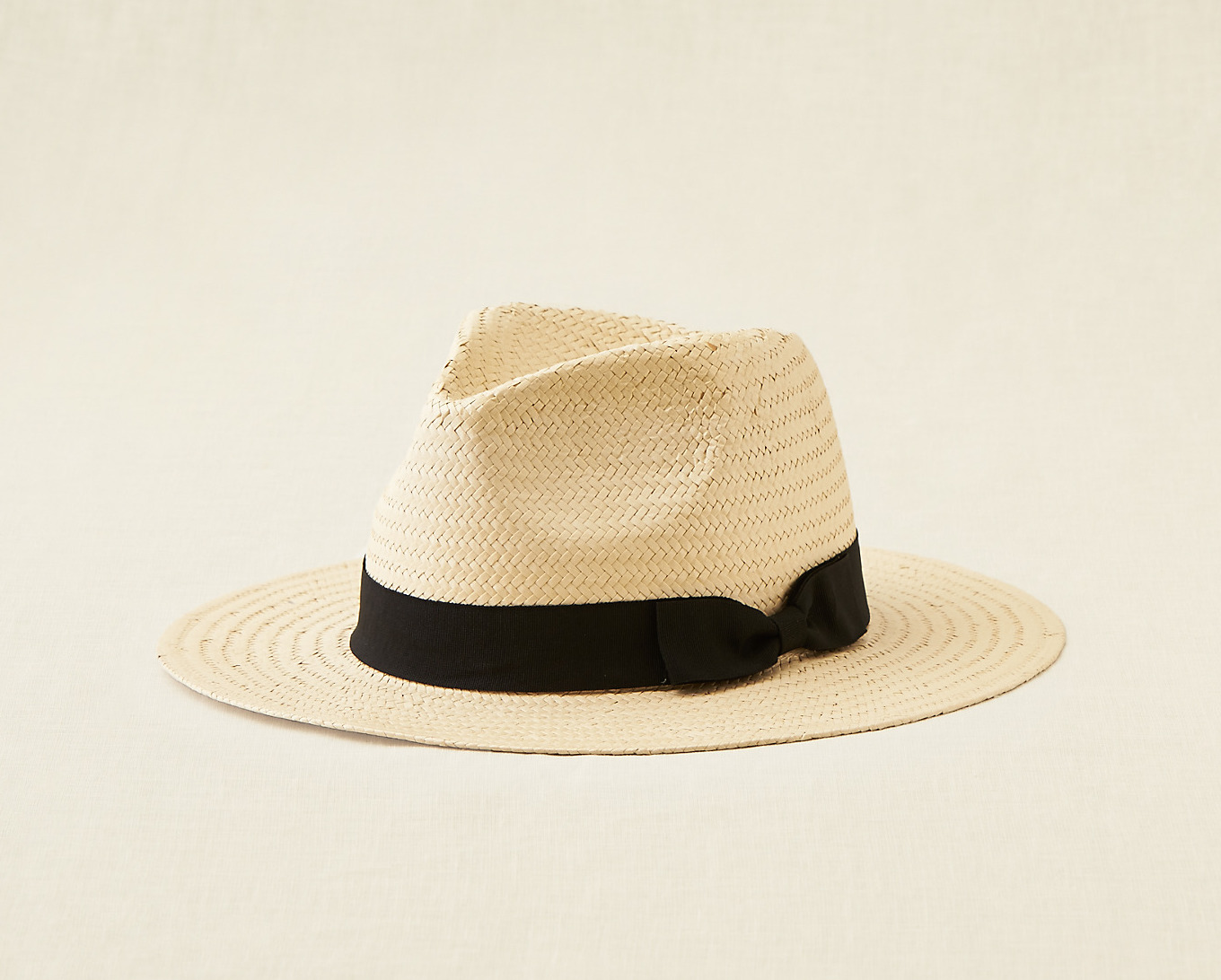 30 Under $30 // Lady Gray // American Eaglie Outfitters hat