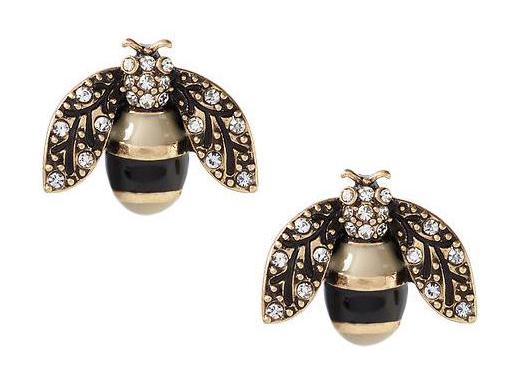 30 Under $30 // Lady Gray // Banana Republic earrings