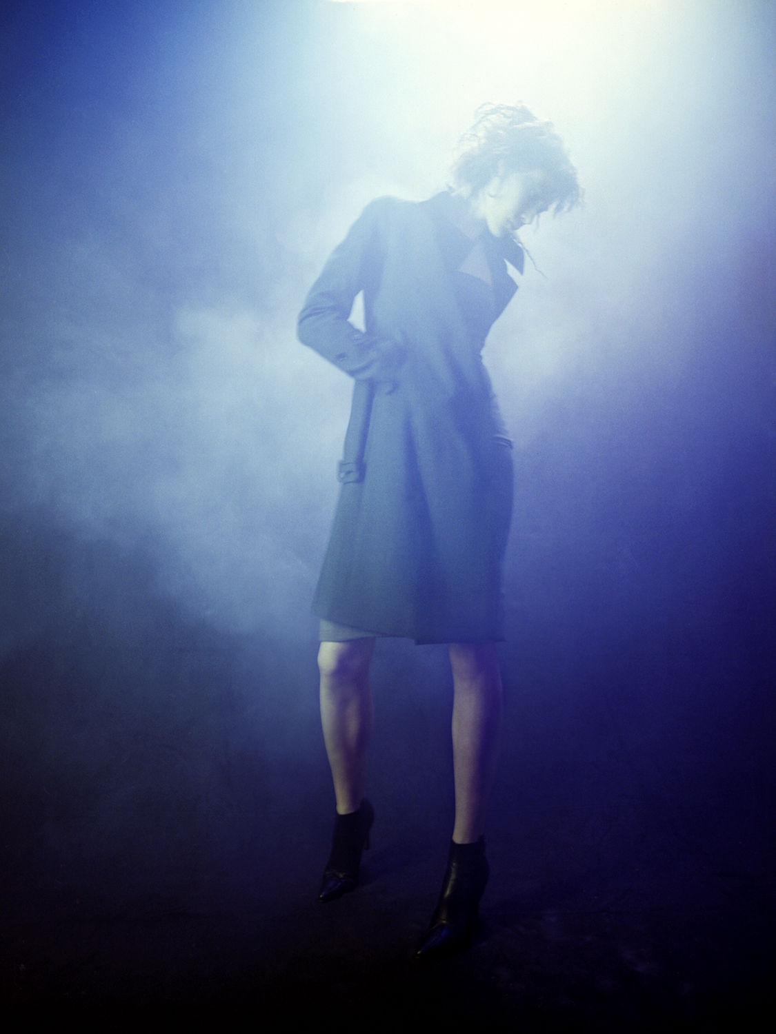 Blue+smoke+and+fashion+lights+Patrik+Anderson+photographer.jpeg
