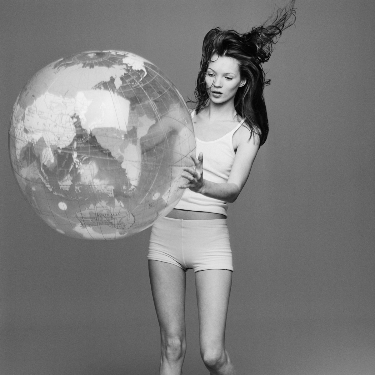 kate+moss+with+the+world+by+patrik+andersson-8.jpeg