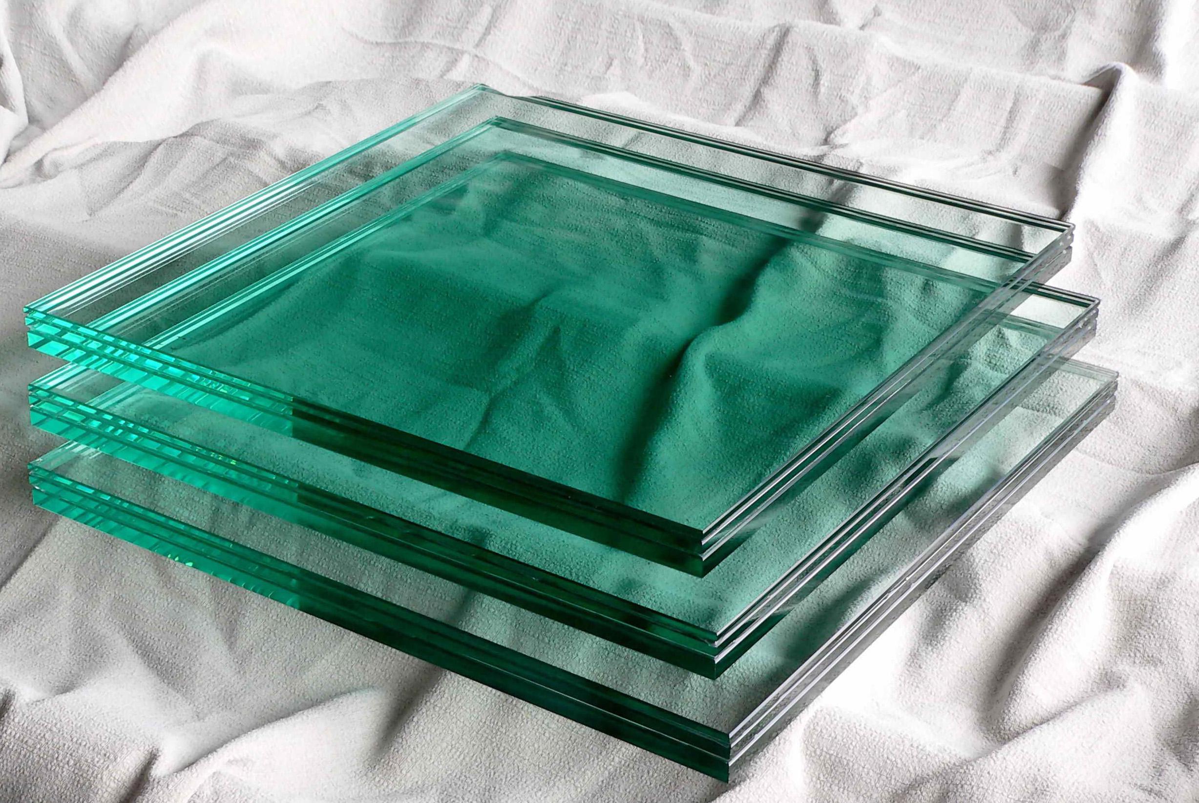 bigglass copy.jpg