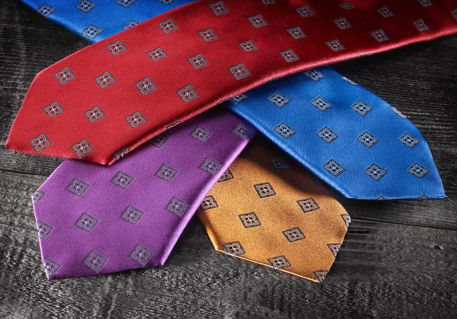 Shiny Tie 1 low res.jpg