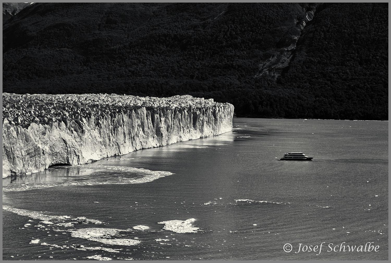 Boat in Front of Perito Moreno Glacier