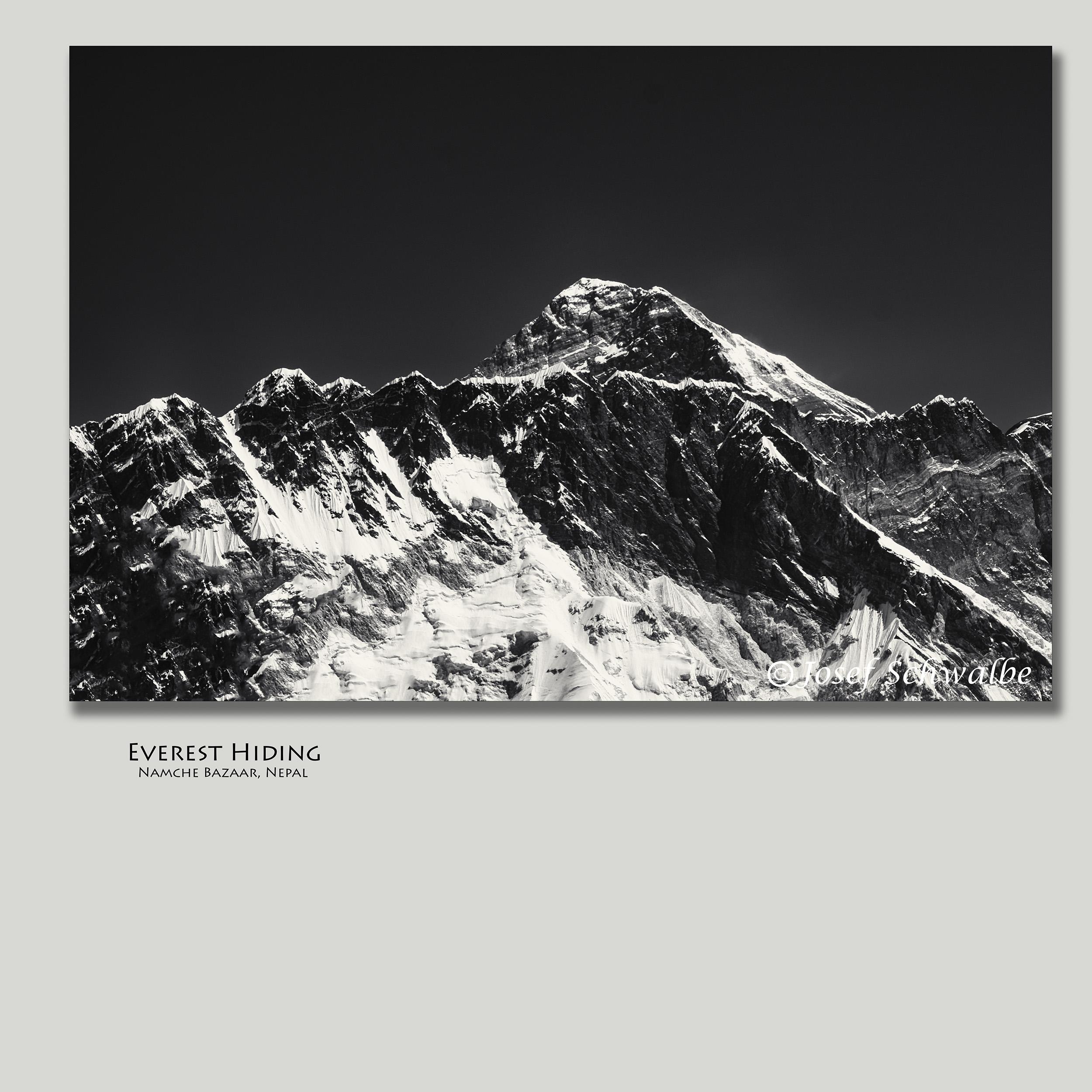 EverestHiding.jpg