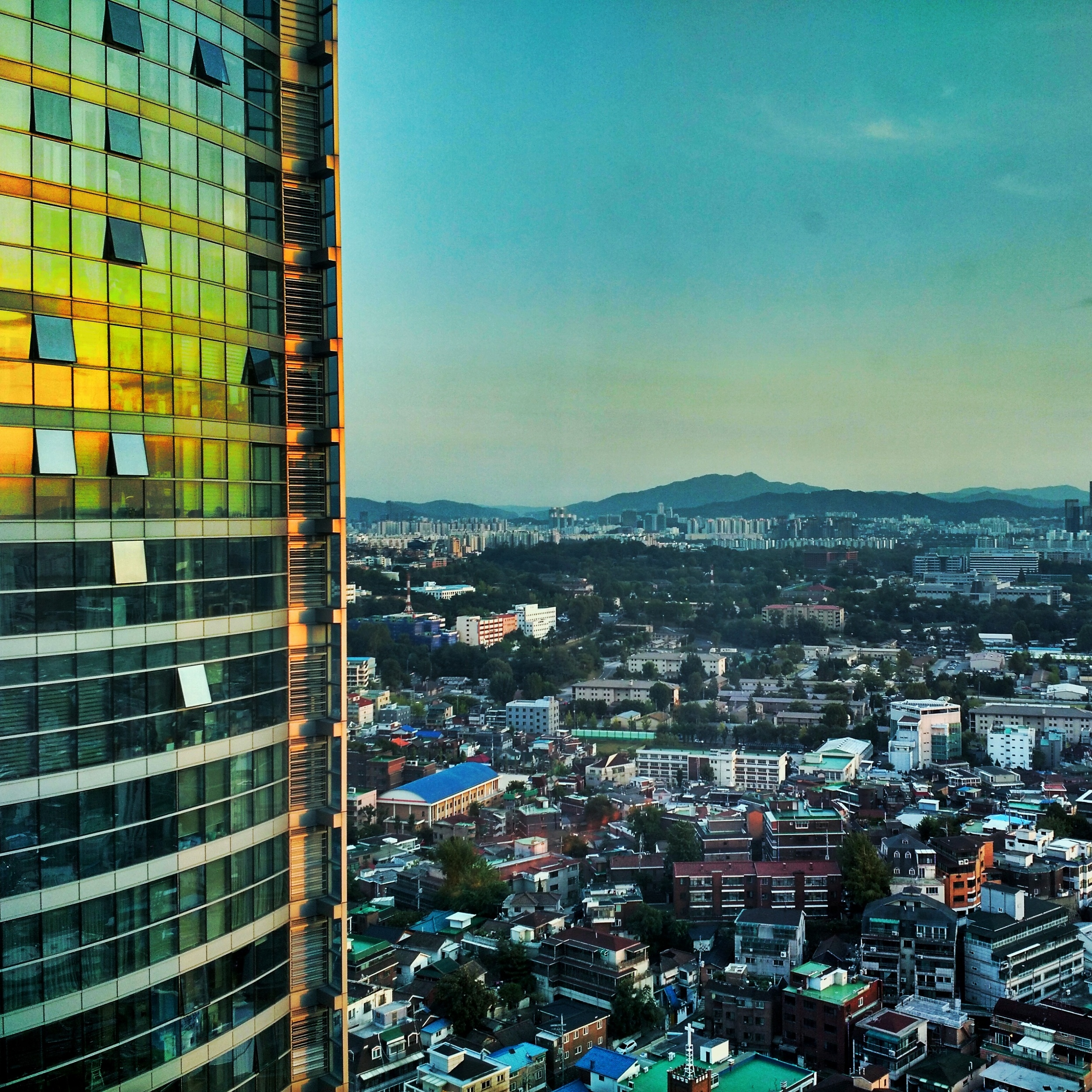 Sun Sets in Seoul - from the 26th Floor of Four Points Hotel