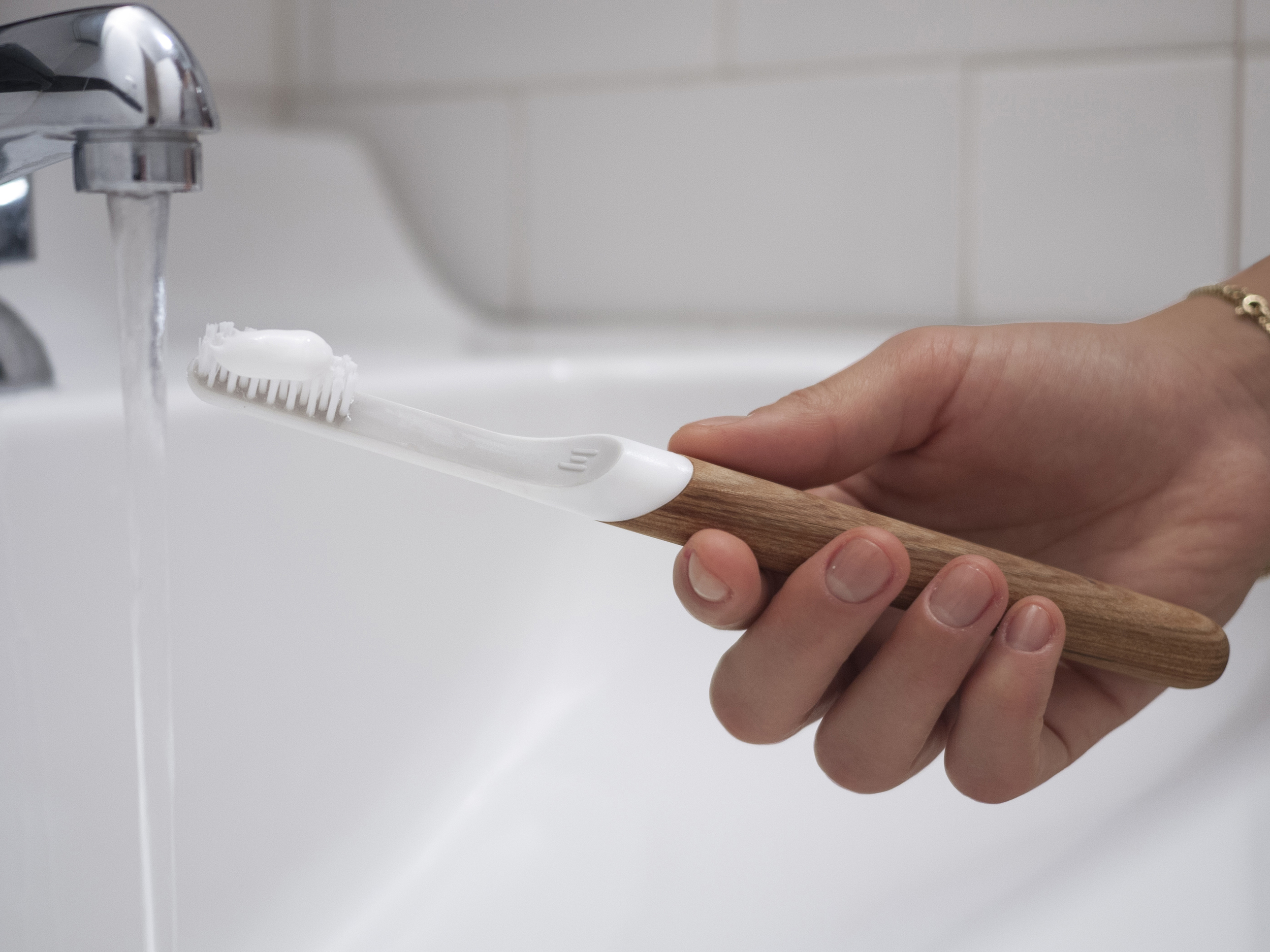 TOOTHBRUSH by DEFAULT