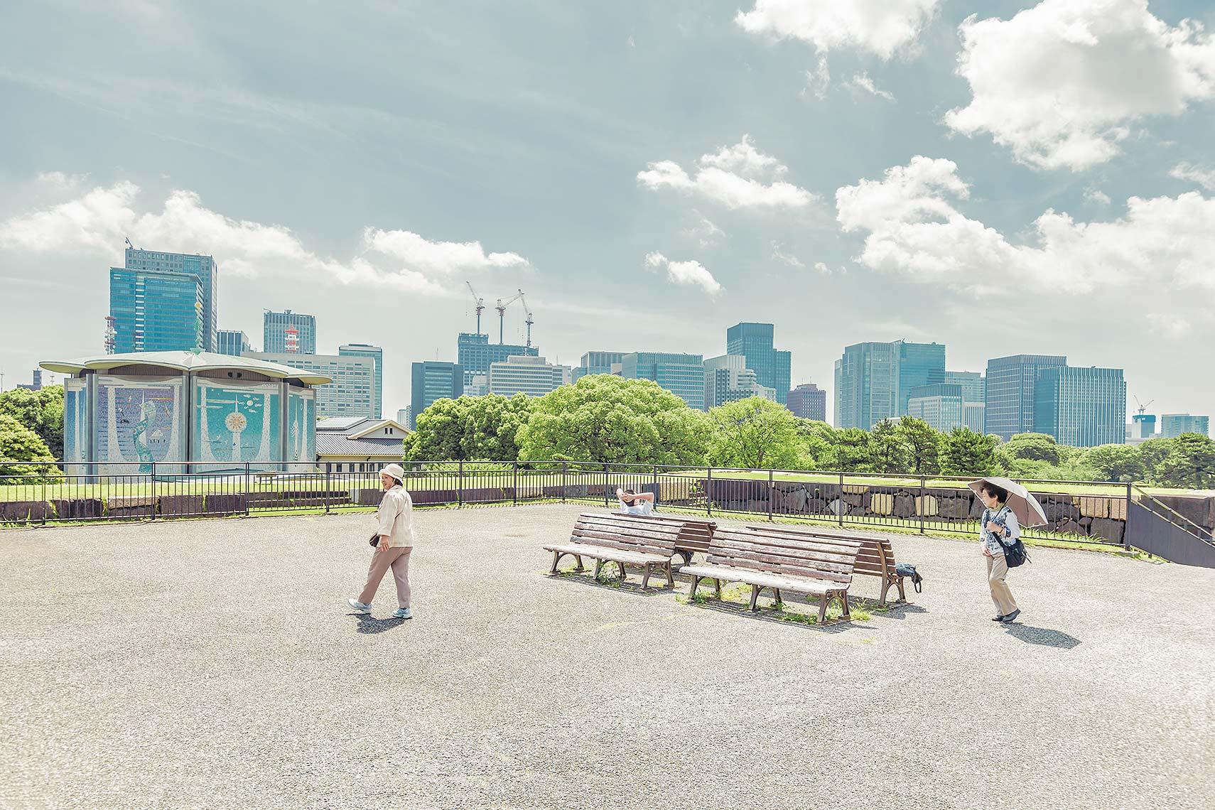 Tokyo_Lookout_V2.jpg