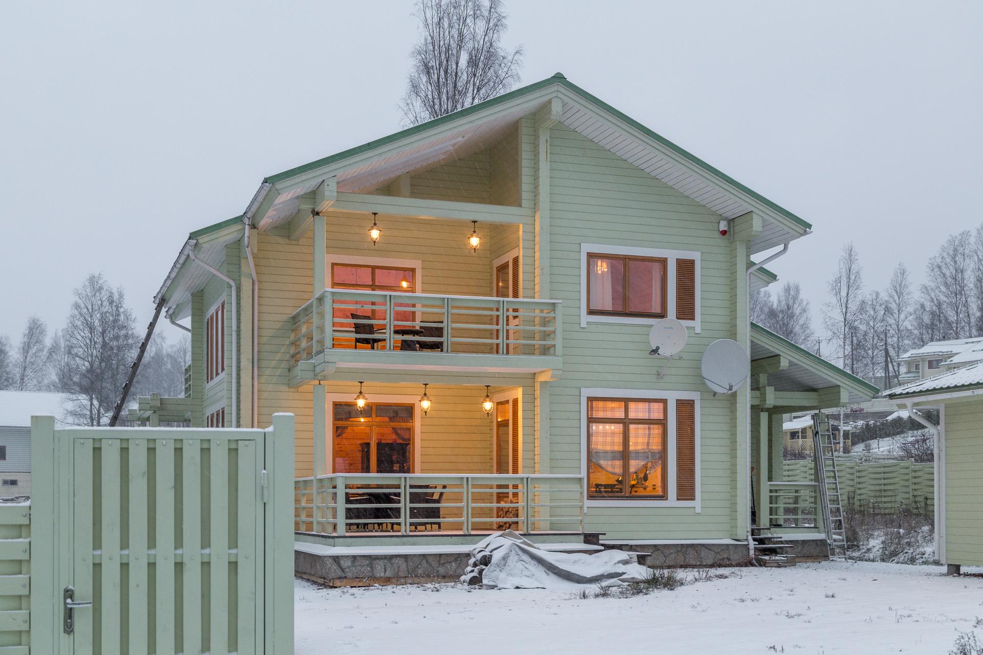 cristmas house1