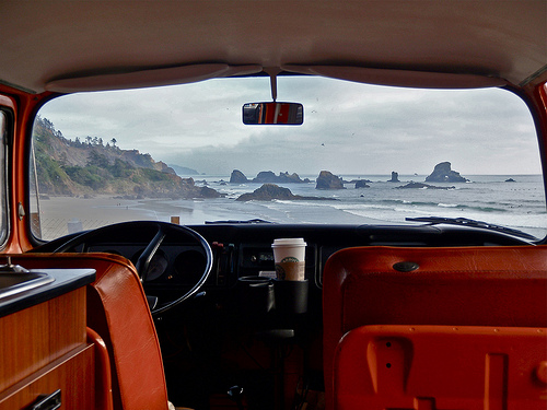 Hitting the road in [vintage] style via  wit&delight .