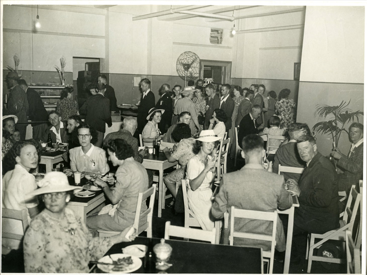 Dining room Elizabeth House