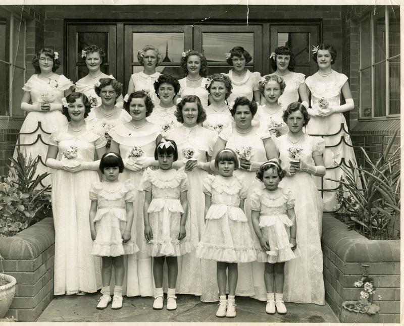 Deaf Ladies Debutantees at Gordon-Davis House, Stanmore in 1951