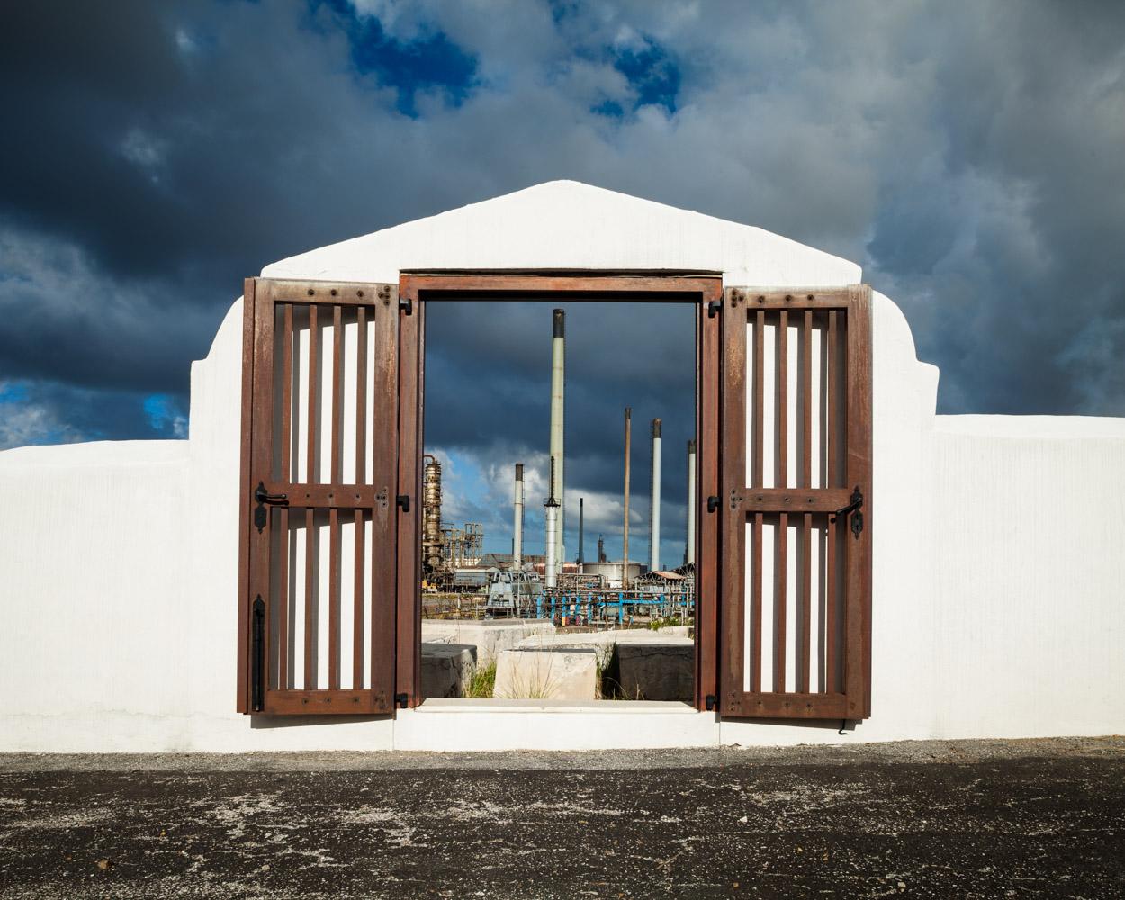 Gate & Oil Refinery