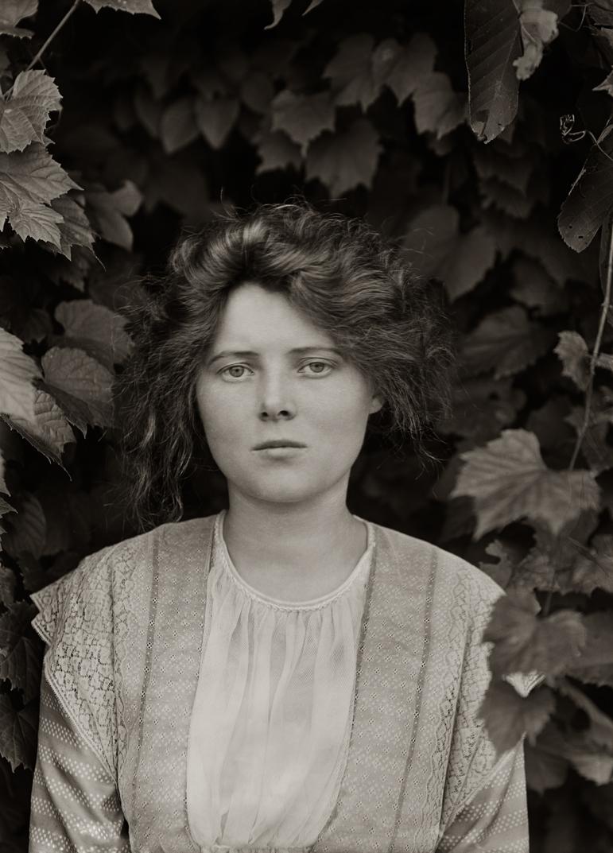 Mrs. D Maclean, Groton, 1912