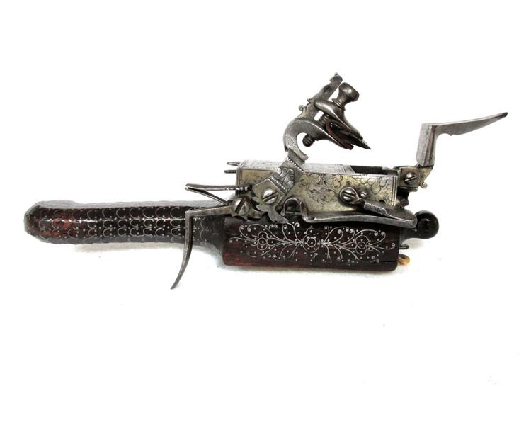 Flintlock Tinder Lighter, late 17th century, Continental Friedland_arms_Flintlock_continental_17thcentury.jpg