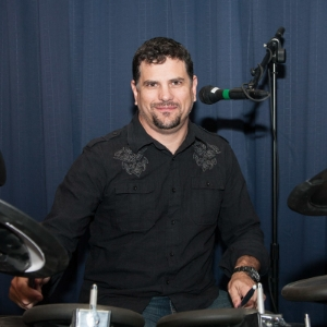 Ric Brewer   Drums