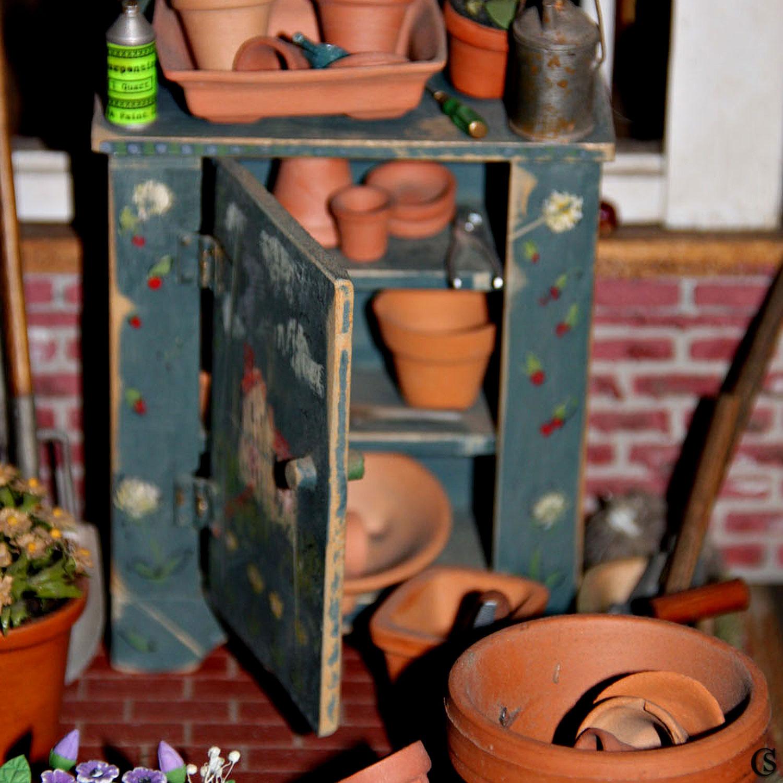 dollshouse-chiaristyle-19-potters-shed.jpg