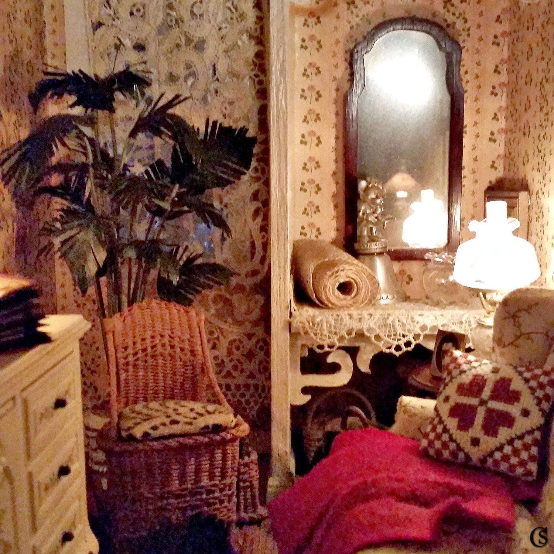 dollshouse-chiaristyle-19-take-a-seat.jpg