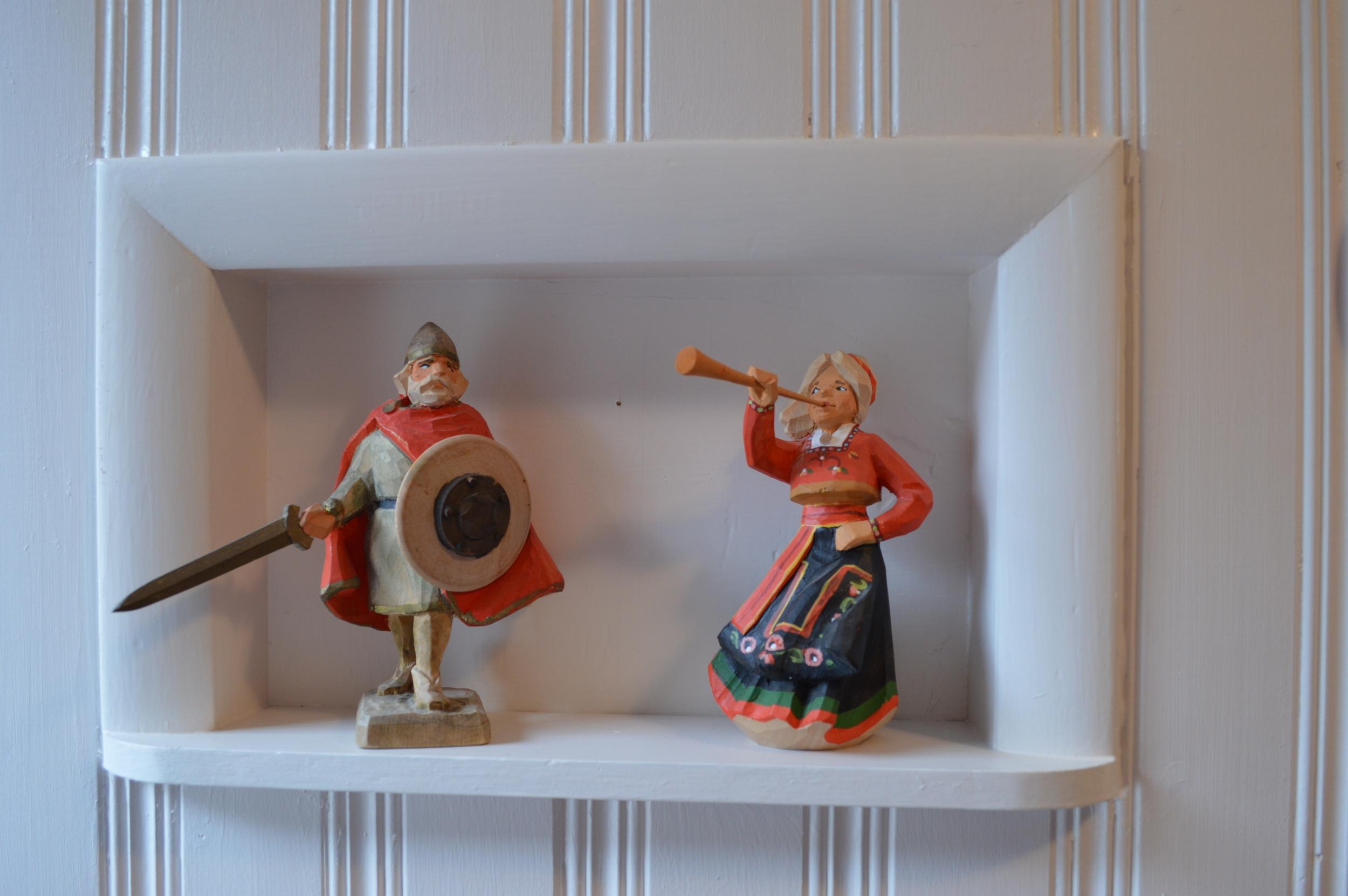 Henning figurines...