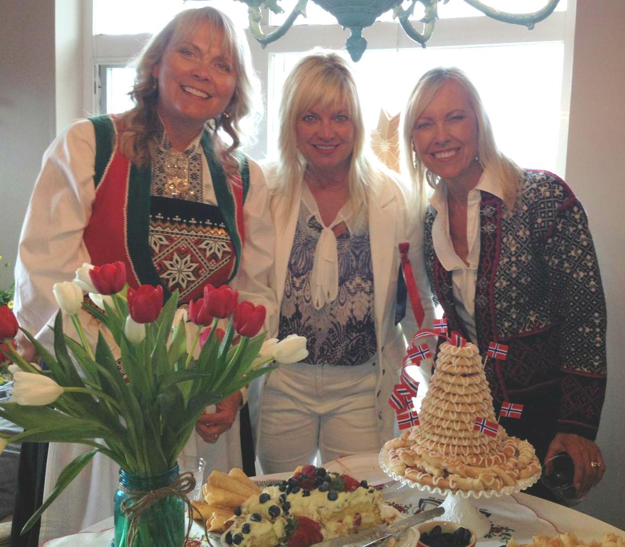 Linda (in Hardanger bunad), Norwegian friend Heidi, and me
