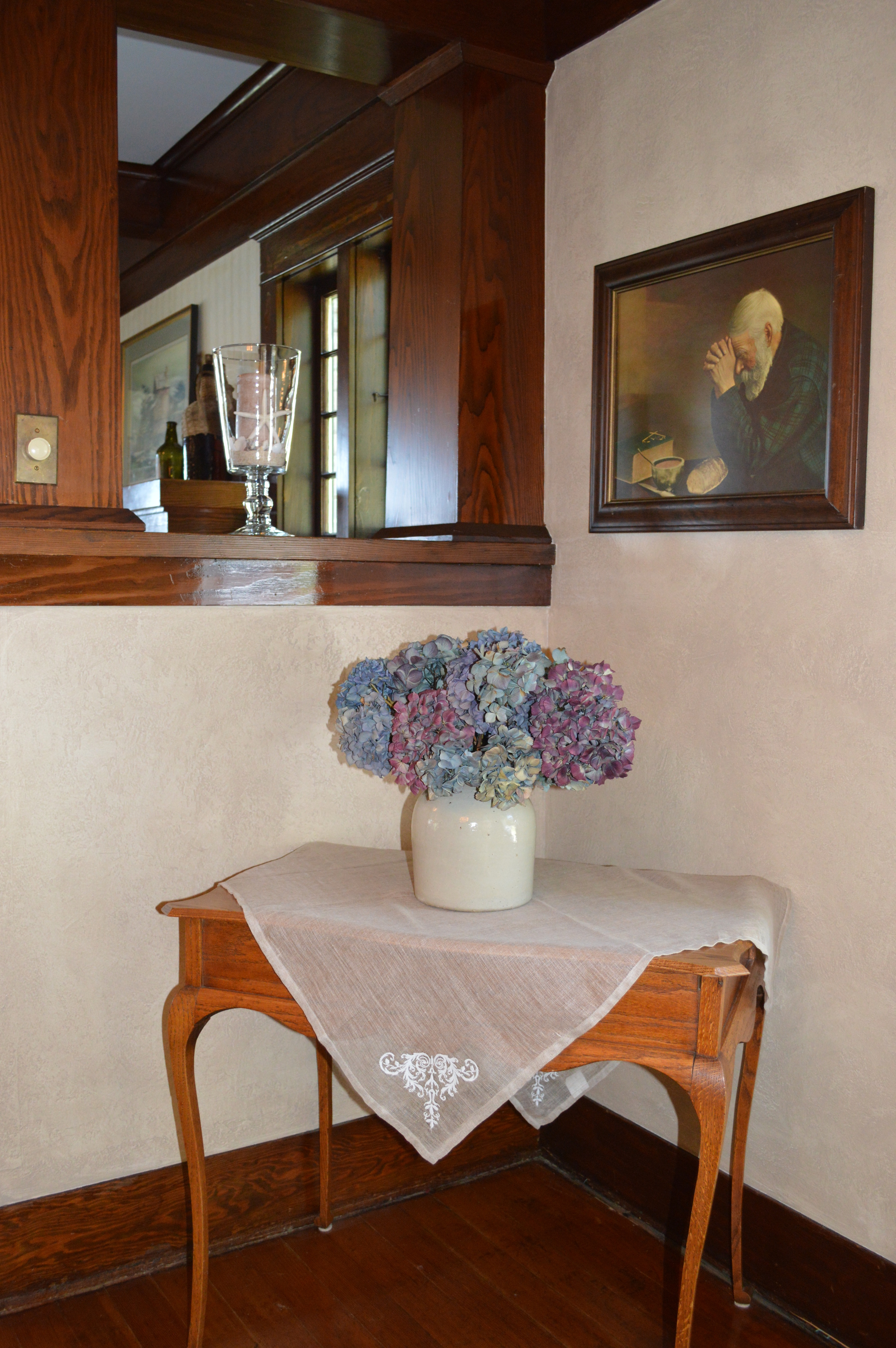 Corner of the dining room...love the portrait of the old man in prayer.