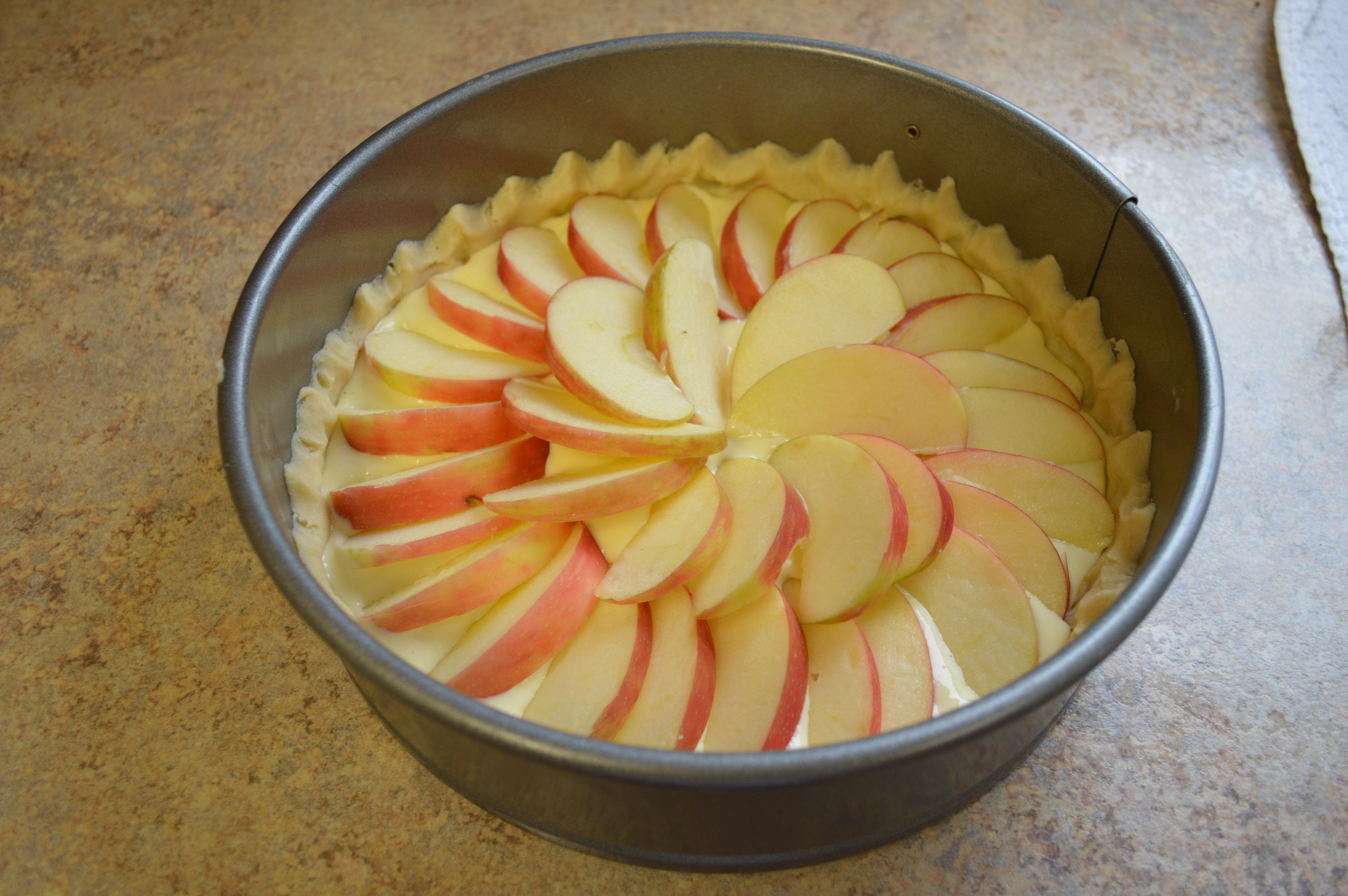Filling and apples added...