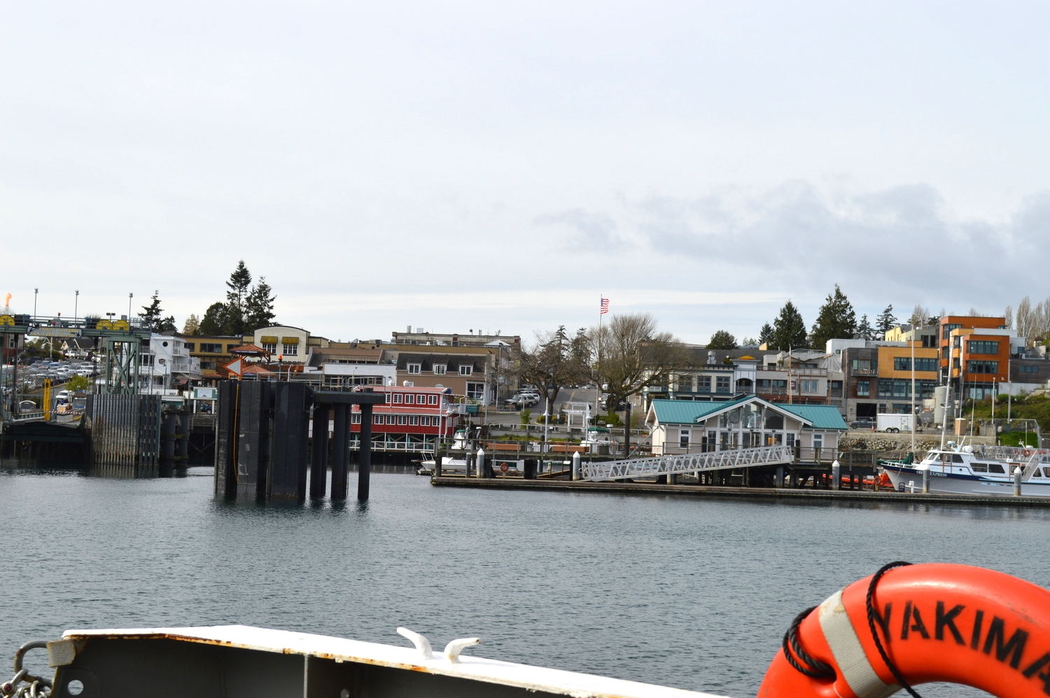 ARRIVING IN fRIDAY hARBOR...