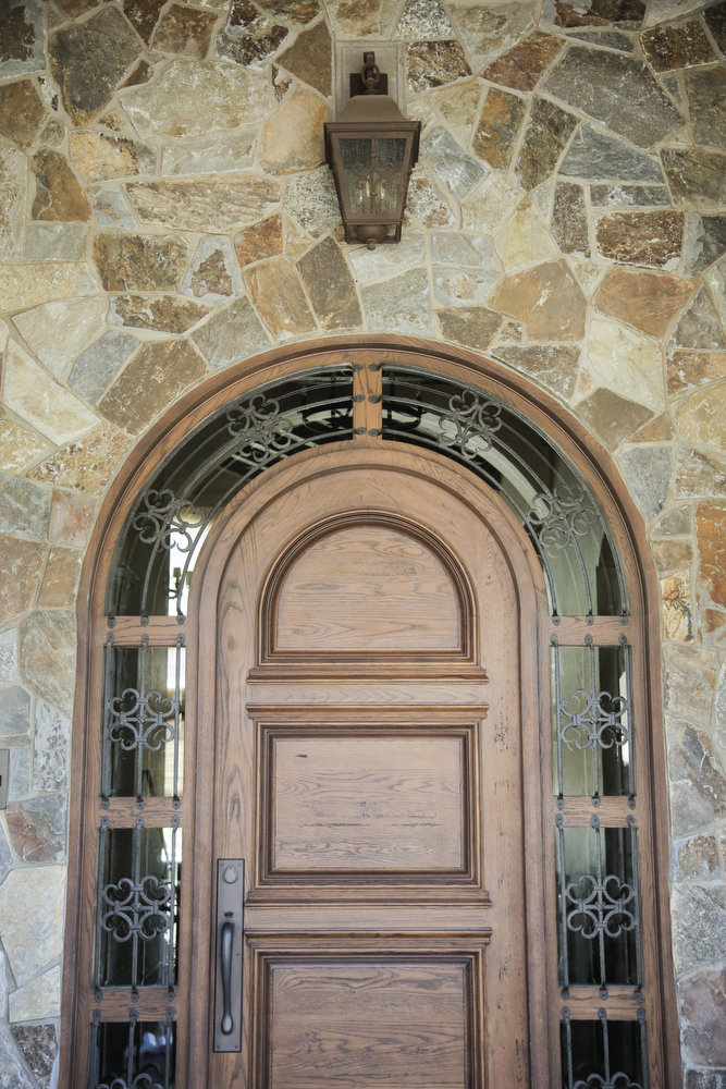 Beautiful front door and stone work...(Photo from Oregon Live)