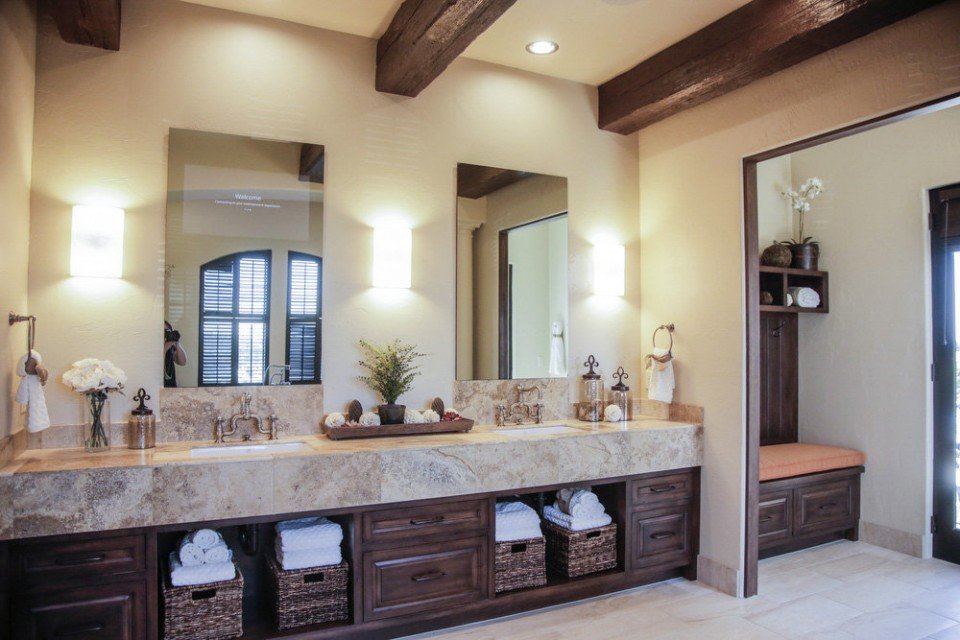 The Master bath...(Photo from Oregon Live)