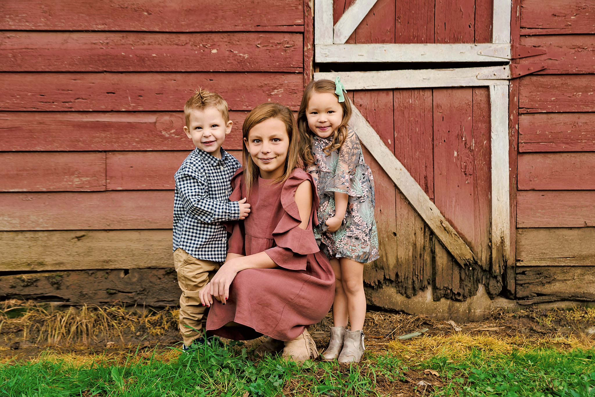 Red Barn Newberg, Oregon family photographer