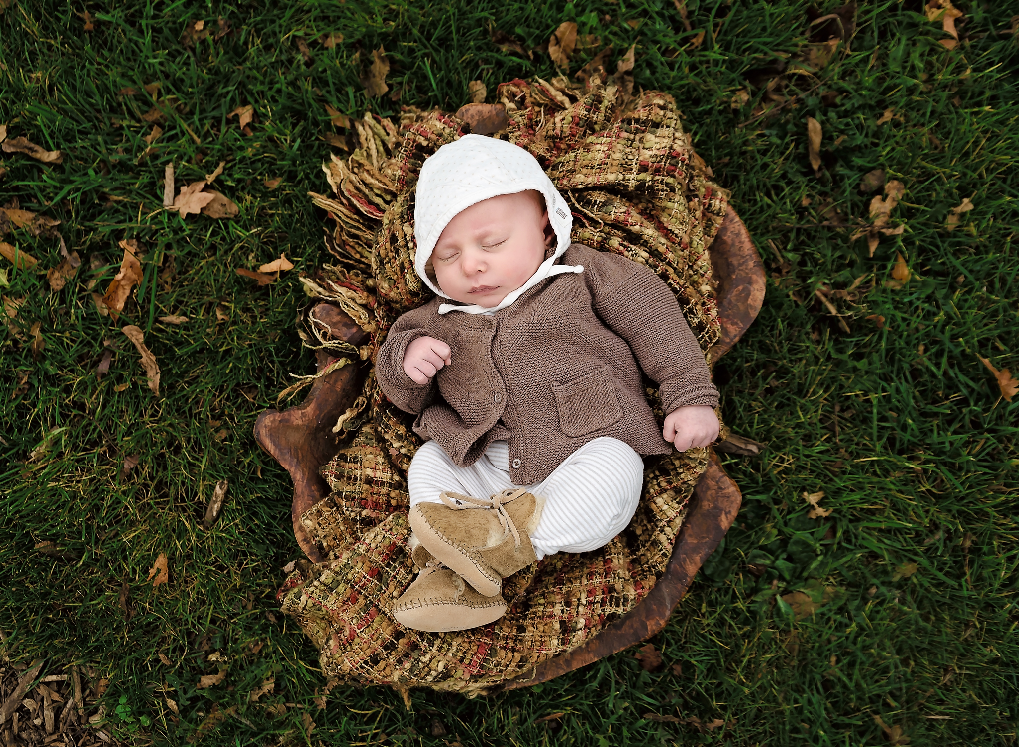 Cathedral Park Family Newborn Portraits (4).jpg