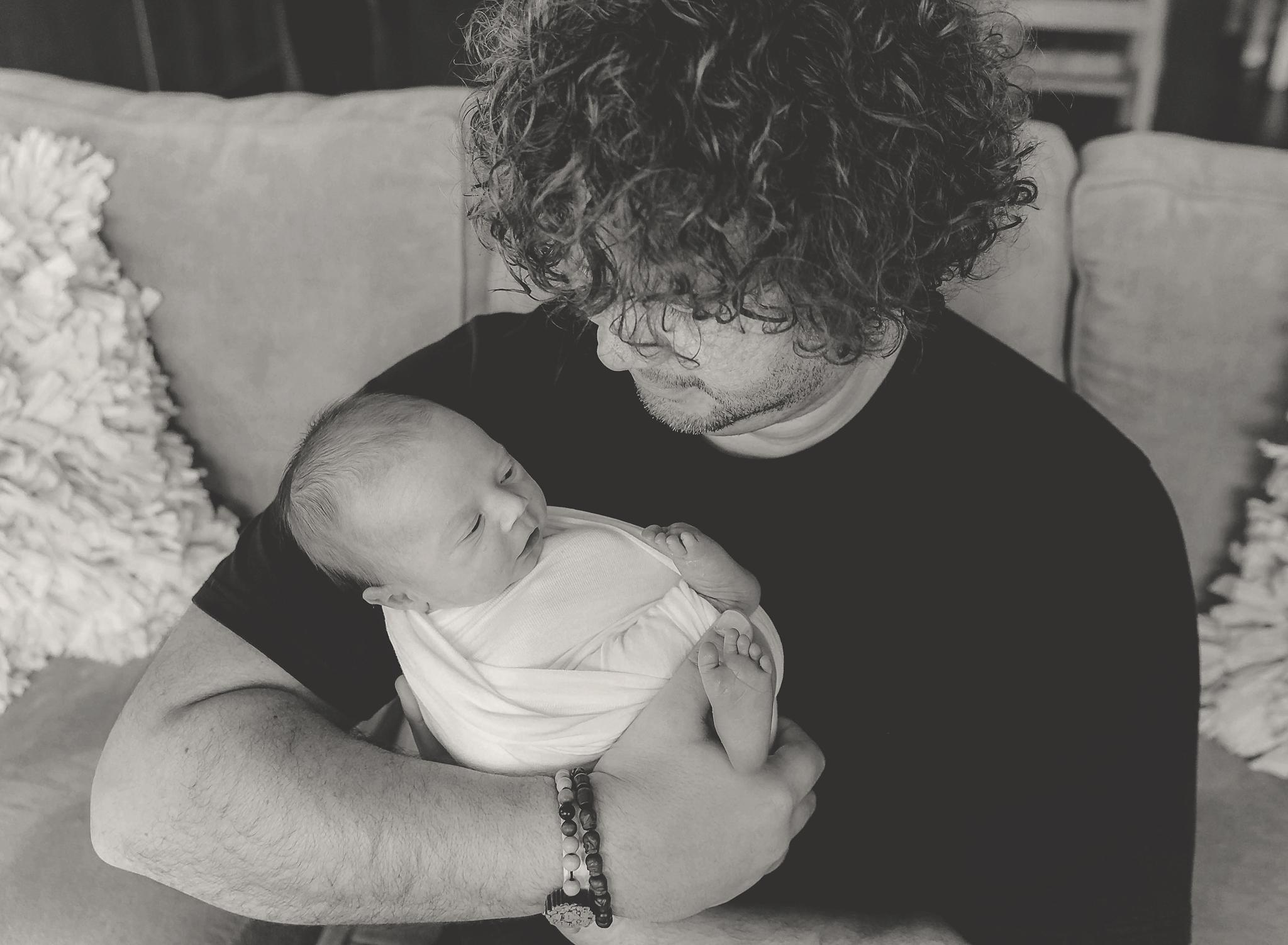 documentary newborn portland oregon photographer (4).jpg
