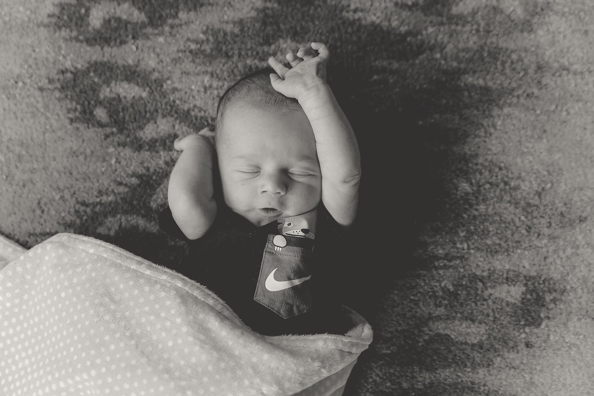 documentary newborn portland oregon photographer (33).jpg
