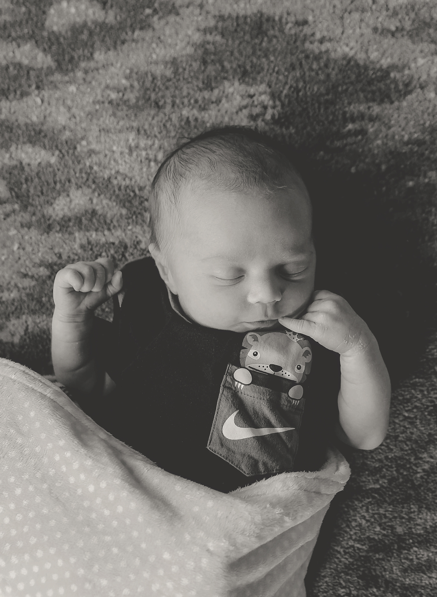 documentary newborn portland oregon photographer (55).jpg