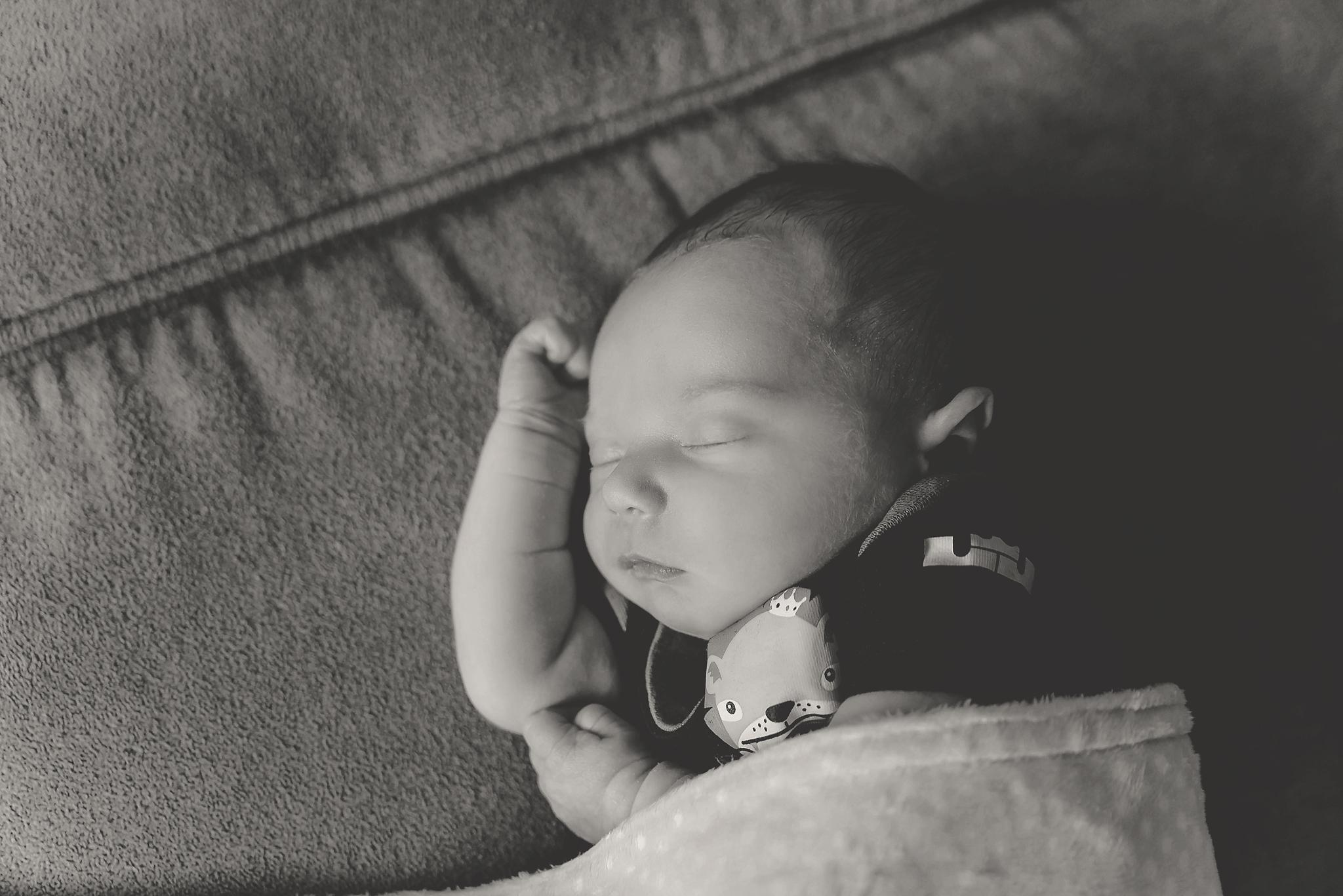 documentary newborn portland oregon photographer (77).jpg