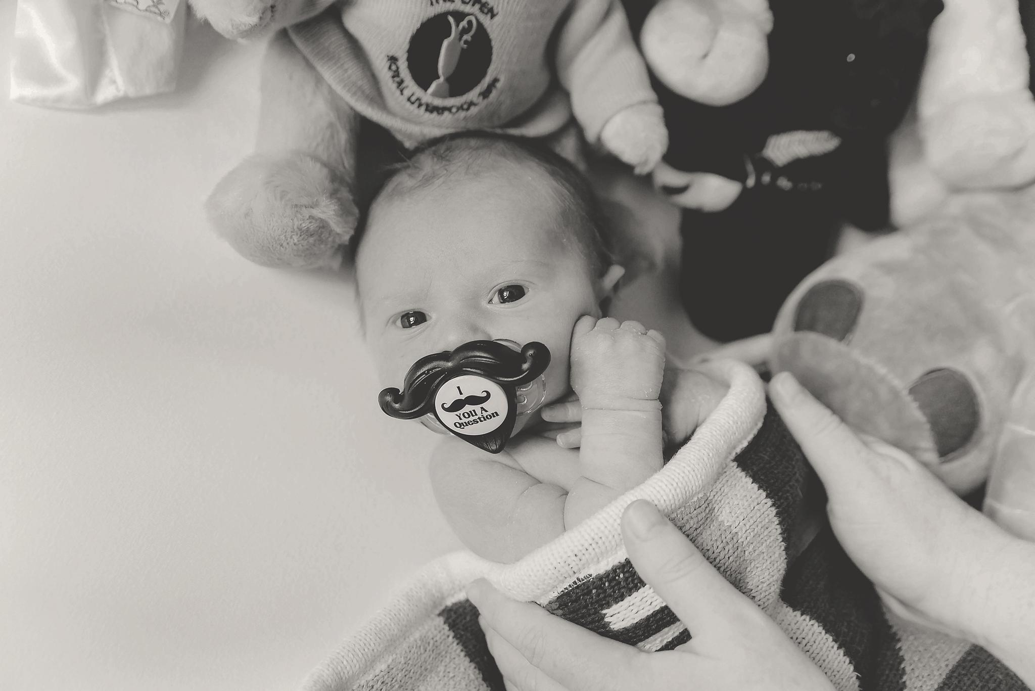 documentary newborn portland oregon photographer (100).jpg
