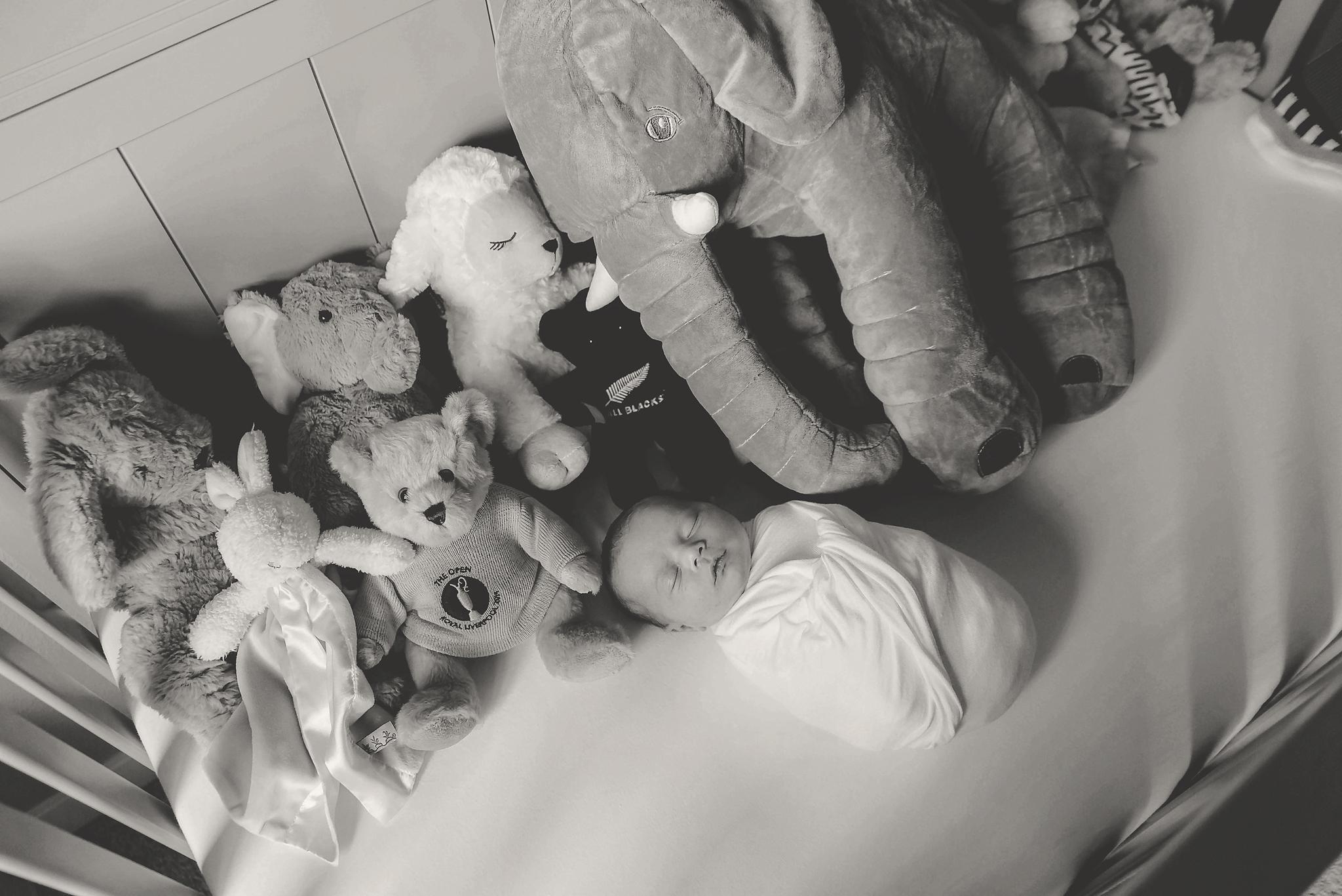 documentary newborn portland oregon photographer (110).jpg