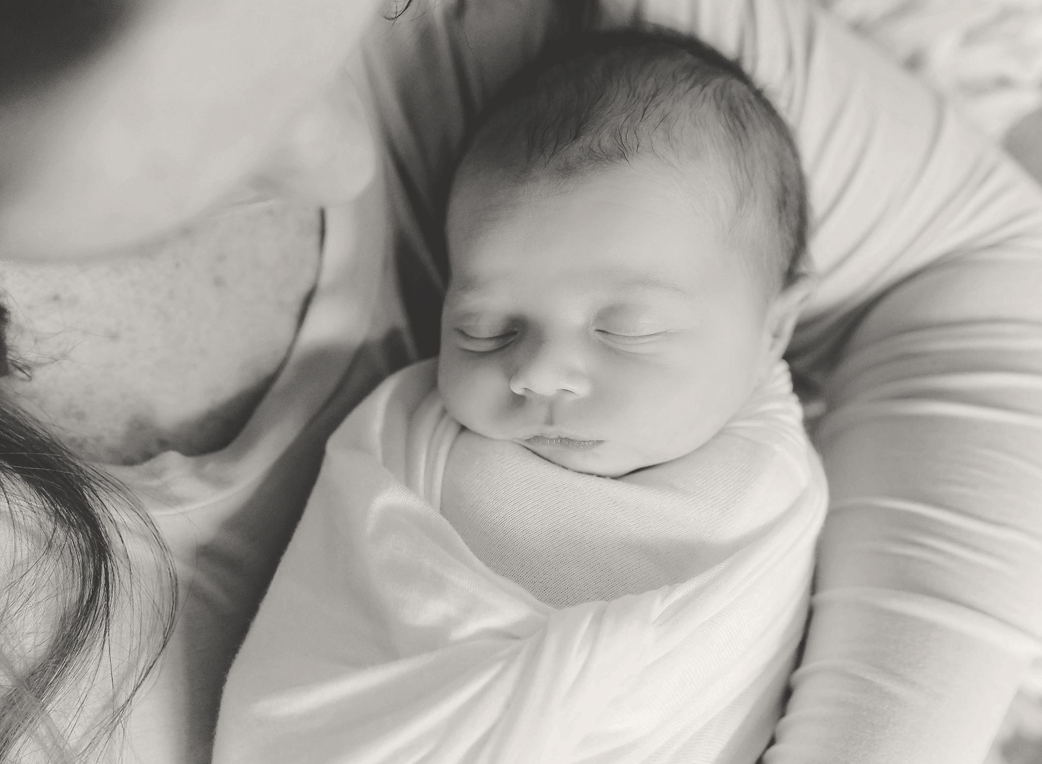 documentary newborn portland oregon photographer (127).jpg
