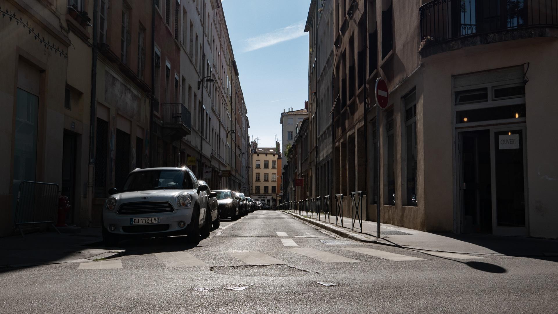 lyon-street-croix-rousse.jpg