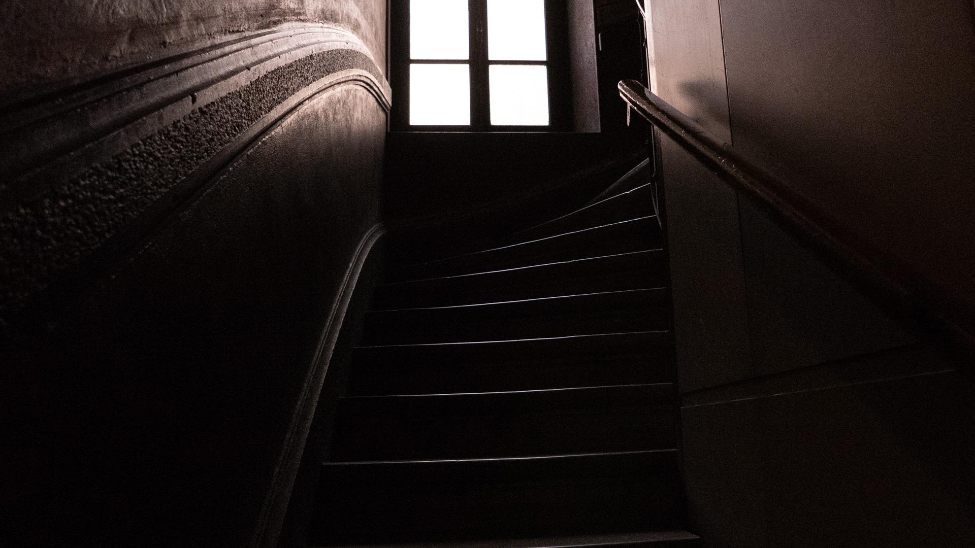 lyon-staircase.jpg