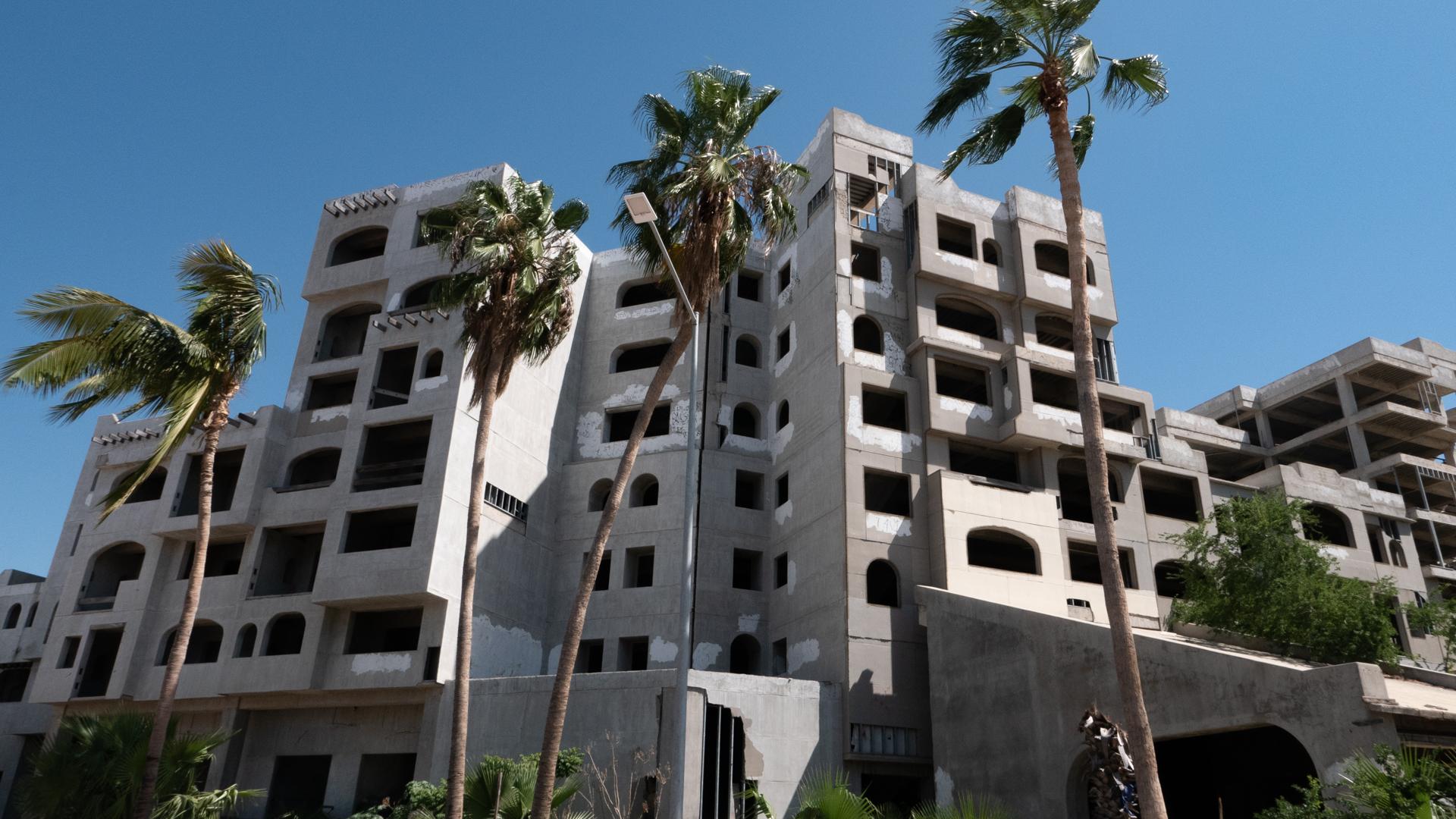 cabo-san-lucas-concrete-apartment.jpg