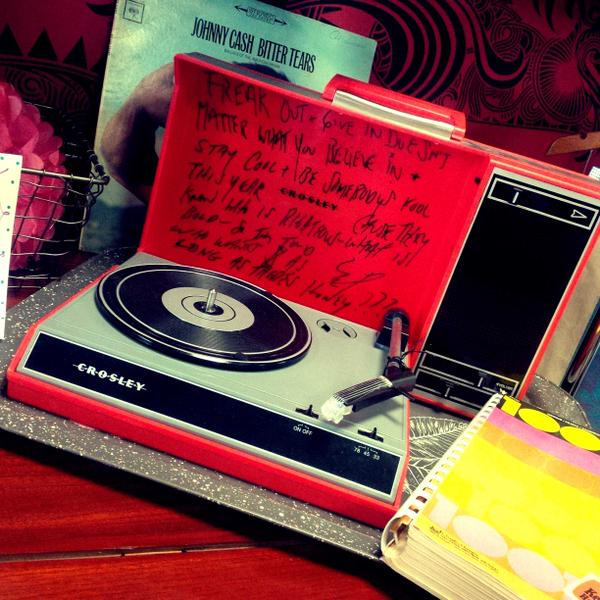 EXAMPLE: A CUSTOMIZED LYRIC TURNTABLE BY WPC ('OF A BROKEN HEART')