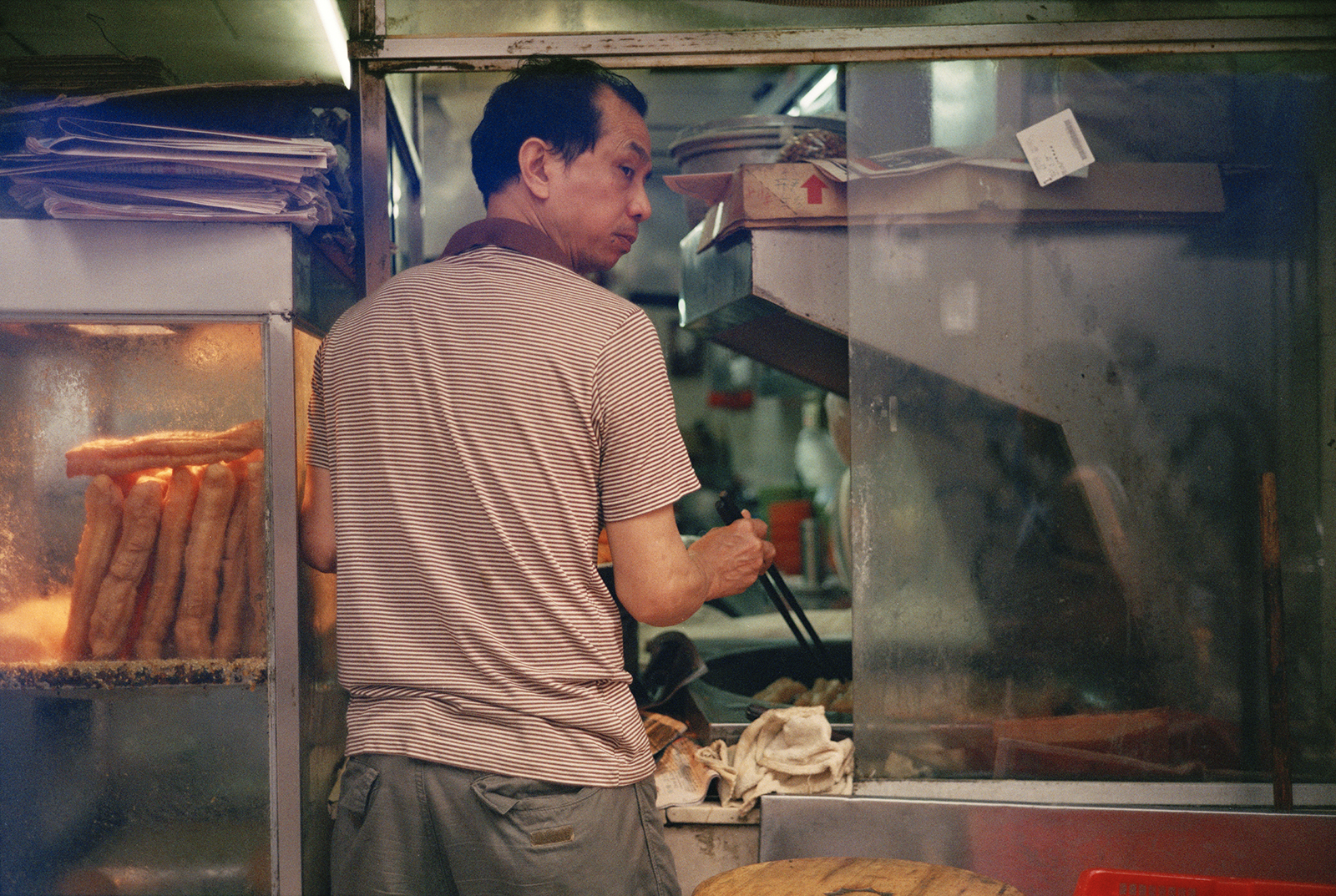 57_F16_Food Vendor, Hong Kong 2015.jpg