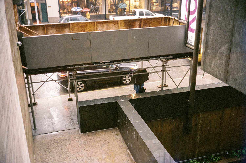 44_F15_Jeff Koons, Whitney Museum, New York Wanderings 2014.jpg