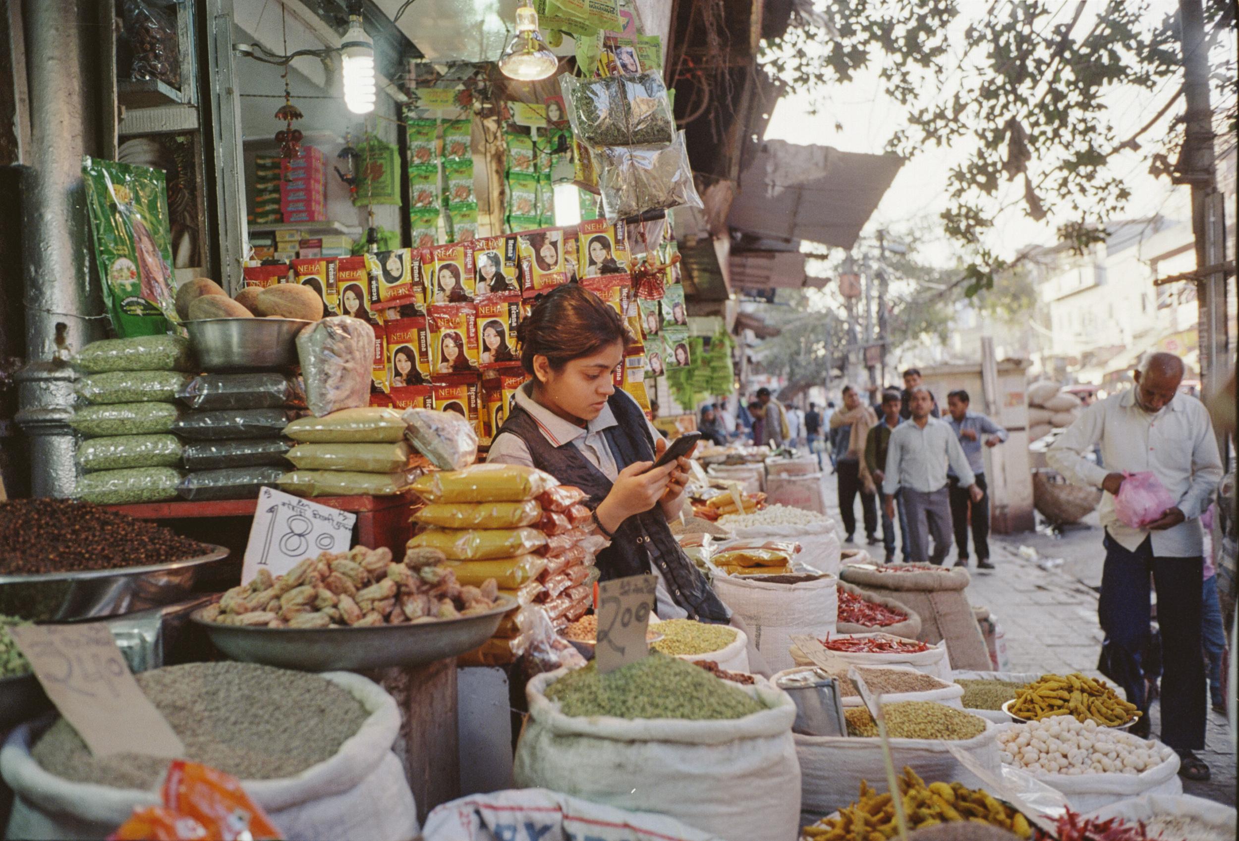 72-F11_Spice Market, Delhi, India 2016-16.jpg