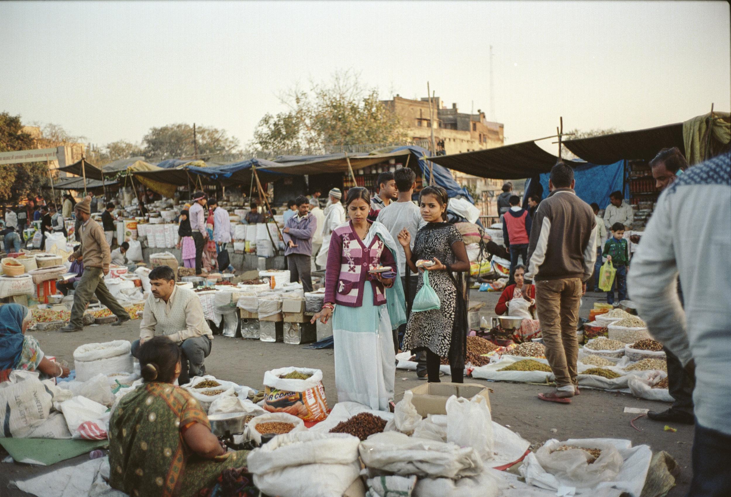72-F34_Spice Market, Delhi, India 2016-4.jpg