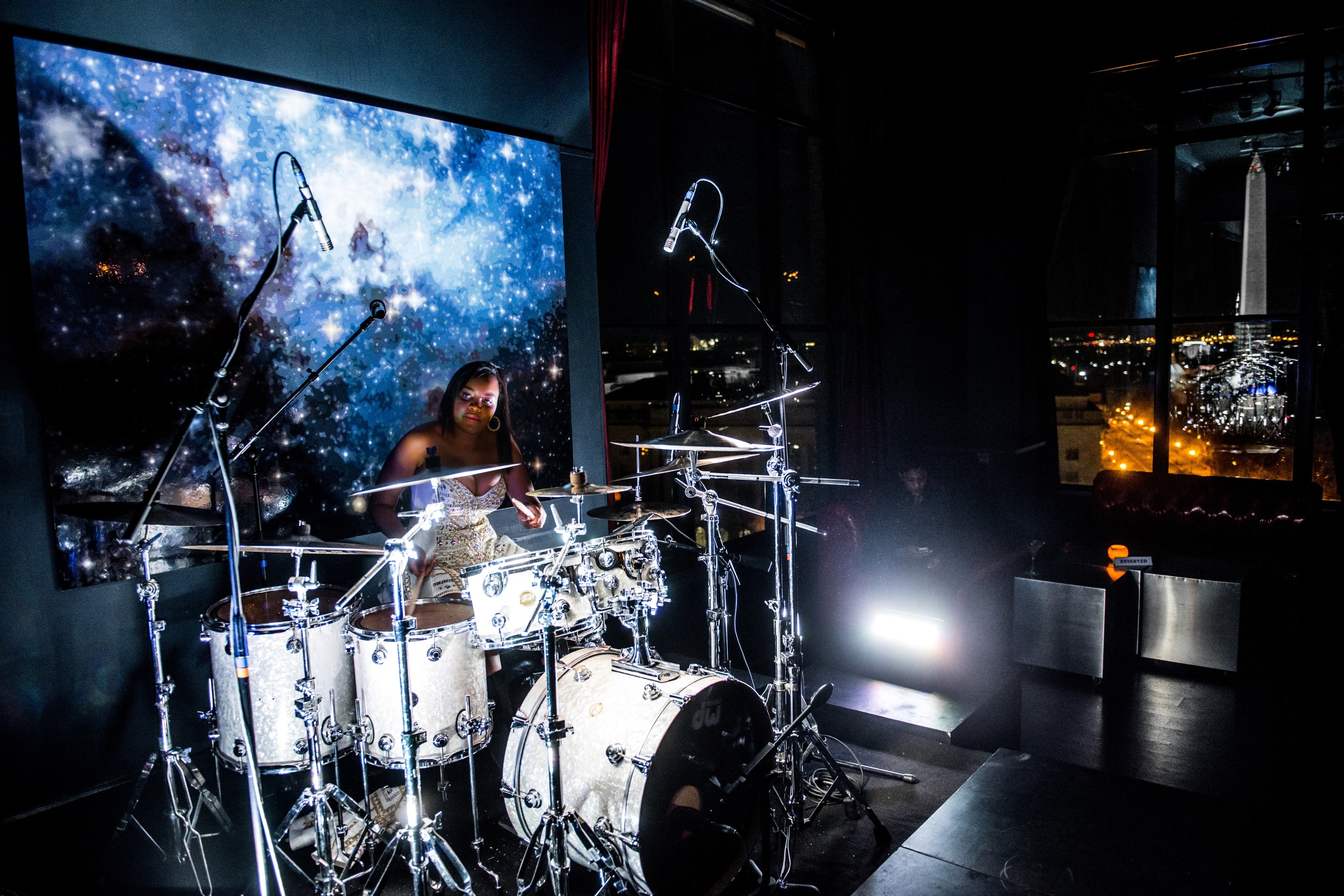 Glorious, Livetronica Drummer, Pop-R&B Singer, Producer, Live at W Washington, POV 28 - 99.jpg