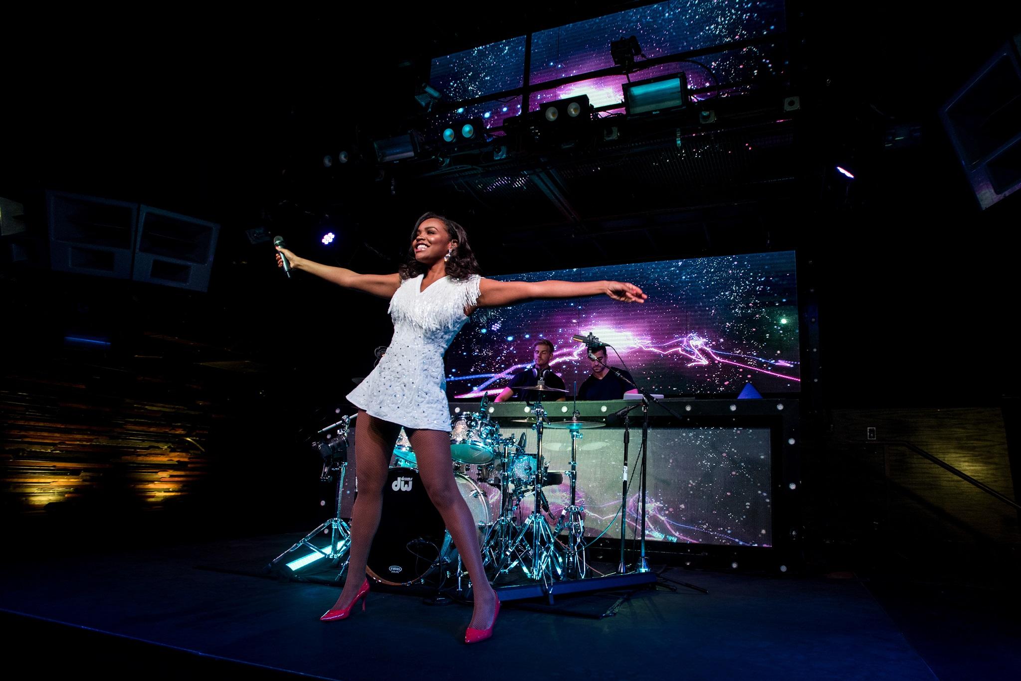 Glorious-Pop Singer-Livetronica Drummer-Producer-Songwriter-Marquee-Nightclub-Video-New York-NY-20lr.jpg